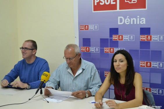 Rosa Mustafá Grimatl with Vicente and Jordi Serra