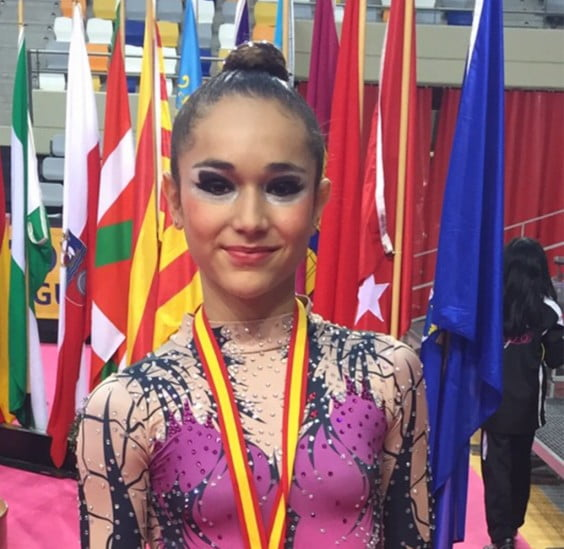 Laura Crespo campeona de España en conjuntos