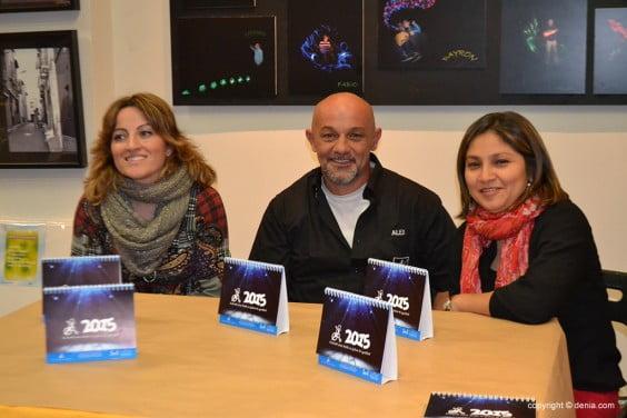 Alejandro Álvarez junto a Maite Cabrera y Jessica Romero.