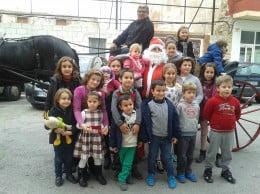 Niños de Baix La Mar con Papa Noel