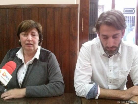 Pepa Font y Juan Carlos Signes con los periodistas