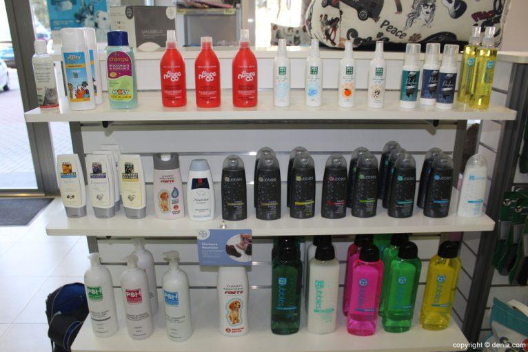 Productos capilares en Santi Mas – Servicios para mascotas