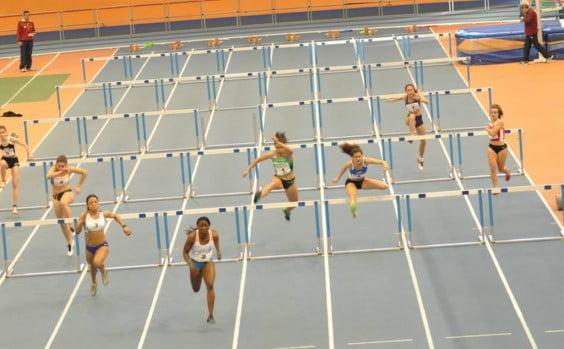 Aina Fornes en los 60 metros vallas