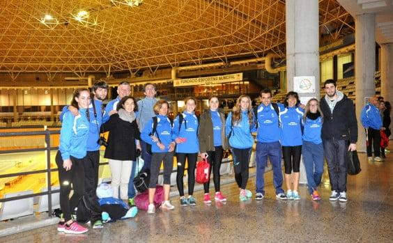 Atletas del Baleària Diànium en el Luis Puig