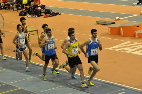 Daniel Cano en la carrera de 800