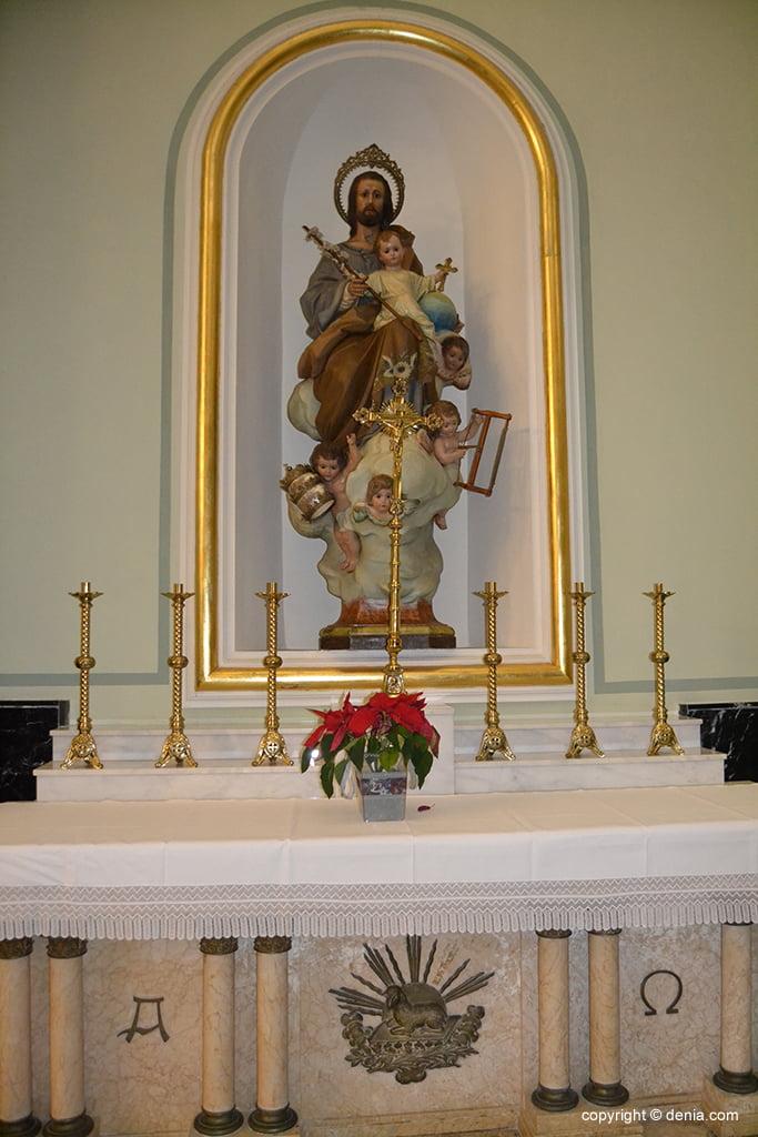 Iglesia de Nuestra Señora de la Asunción – capilla lateral