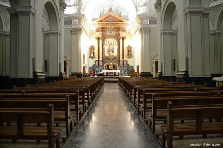 Iglesia de Nuestra Señora de la Asunción - entrada