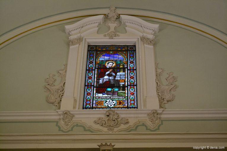 Iglesia de Nuestra Señora de la Asunción - vidrieras