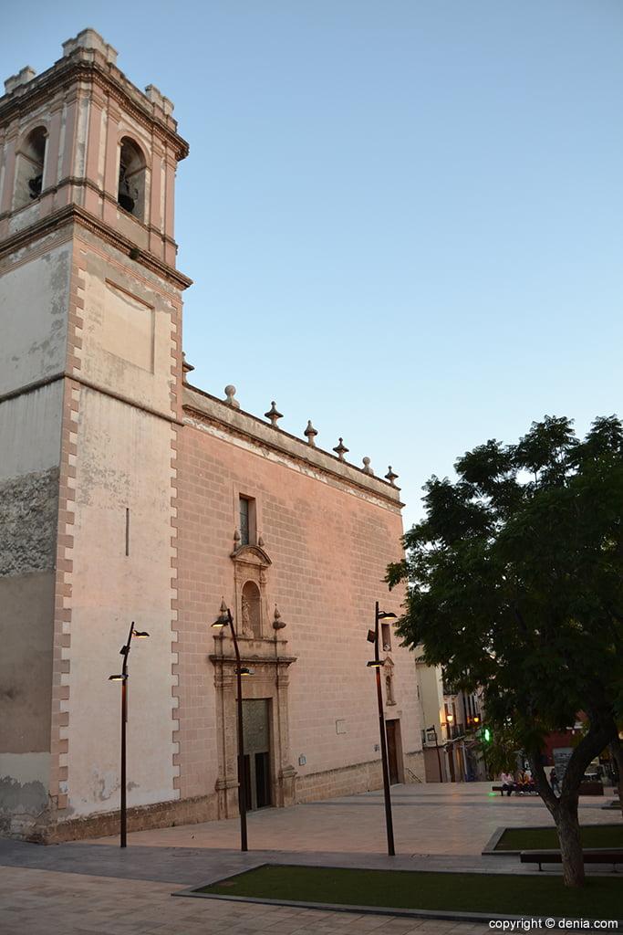 Iglesia de la Asunción – fachada