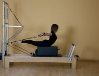 Pilates máquinas en el Centro Deportivo Dénia
