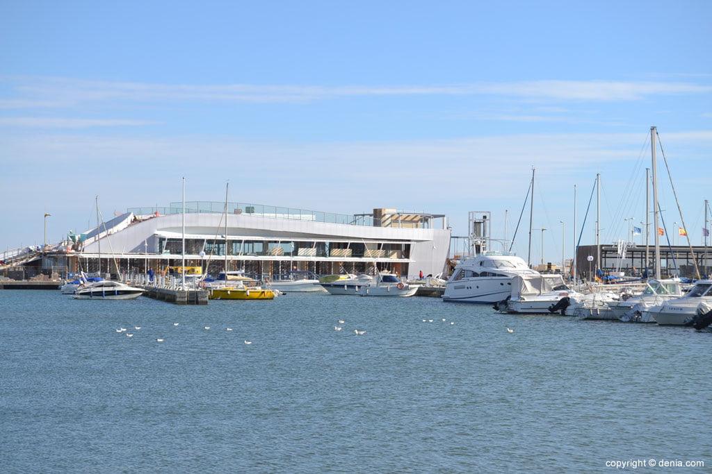 Nuevas construcciones en el paseo marítimo de Dénia