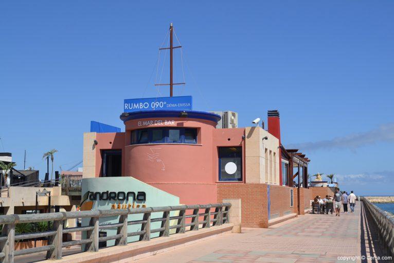 Puerto Deportivo Marina de Dénia - Restaurante Rumbo 90