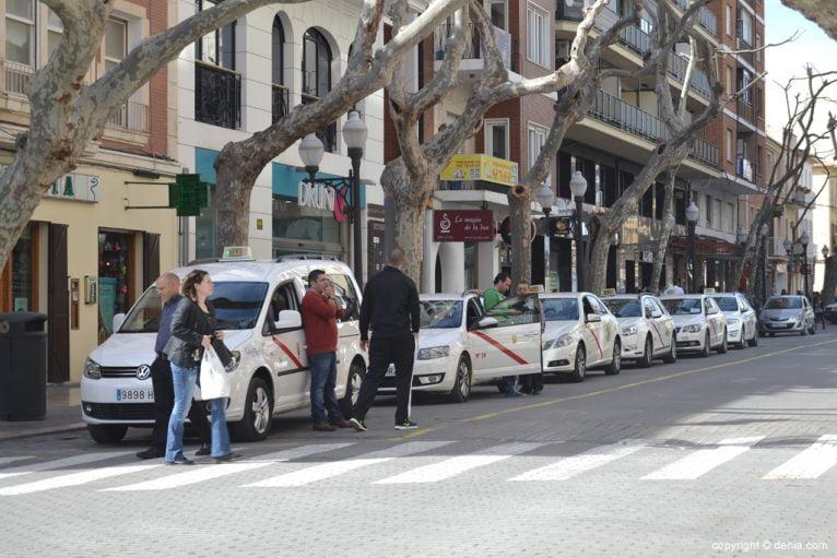 Area taxis on the street Marqués de Campo