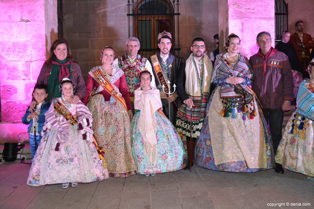 Reception of new Fallas Presidents - Baix la Mar Falla Charges