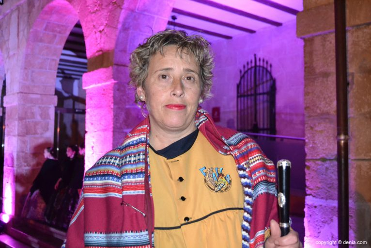 Receiving New falleros presidents - Ana Ortiz