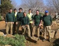 Alumnos del taller de jardinería
