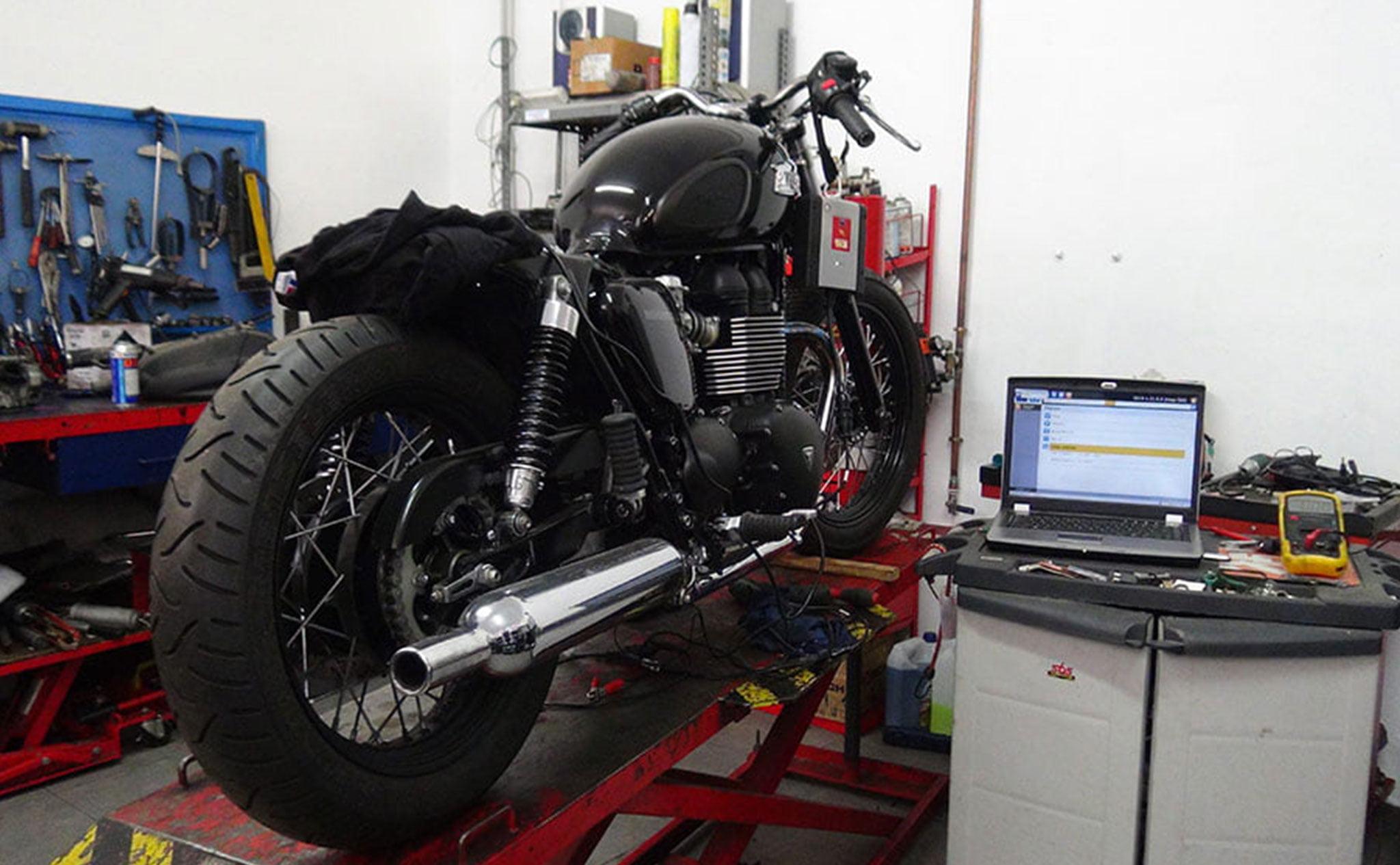 Diagnóstico por ordenador en Dénia – Paco's Motor