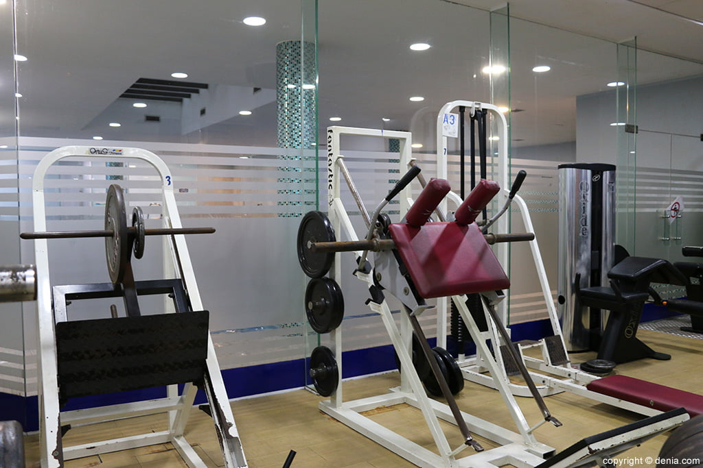 Ogisaka fitness spa m quinas d for Gimnasio denia
