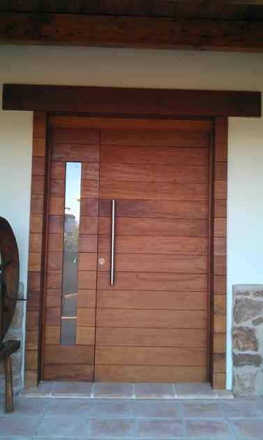 Puerta exterior d for Puertas de entrada con vidrio