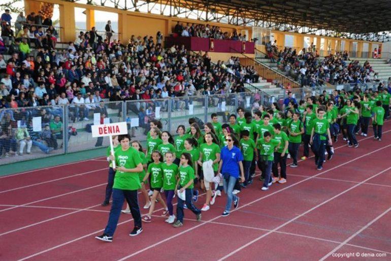 Desfile de la delegación de Dénia en los X Mini Jocs Olímpics