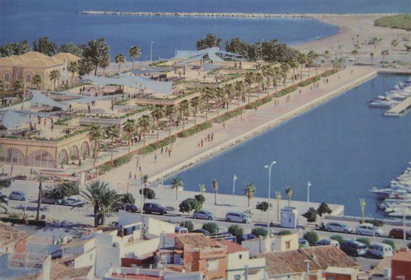 Nueva área comercial en el puerto de Dénia
