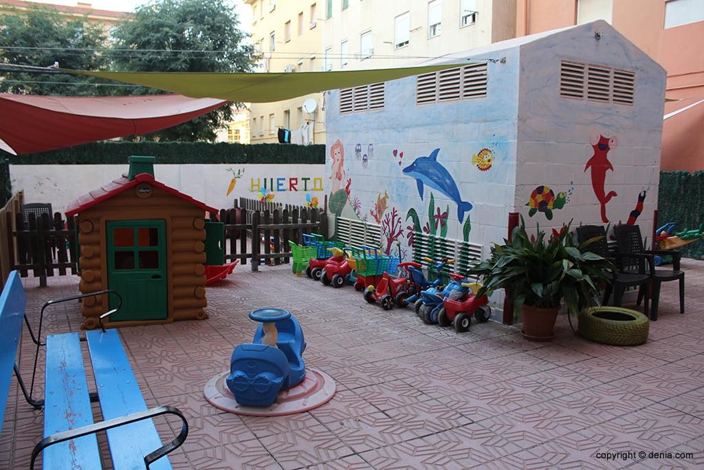 Дения детские площадки