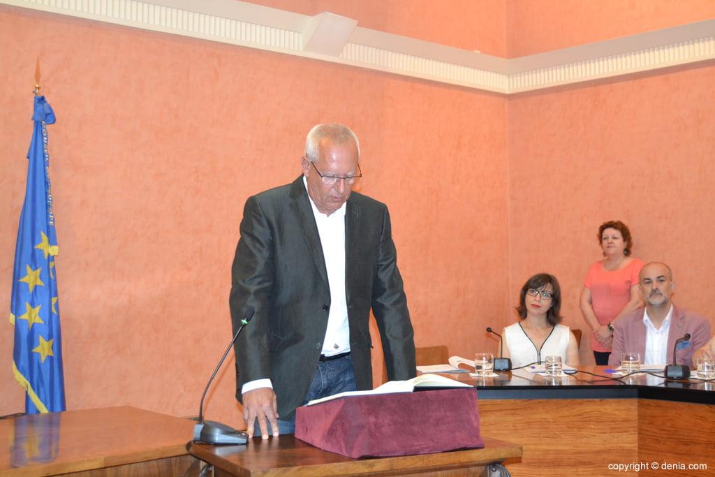 Juramento de los nuevos concejales de Dénia – Vicent Grimalt