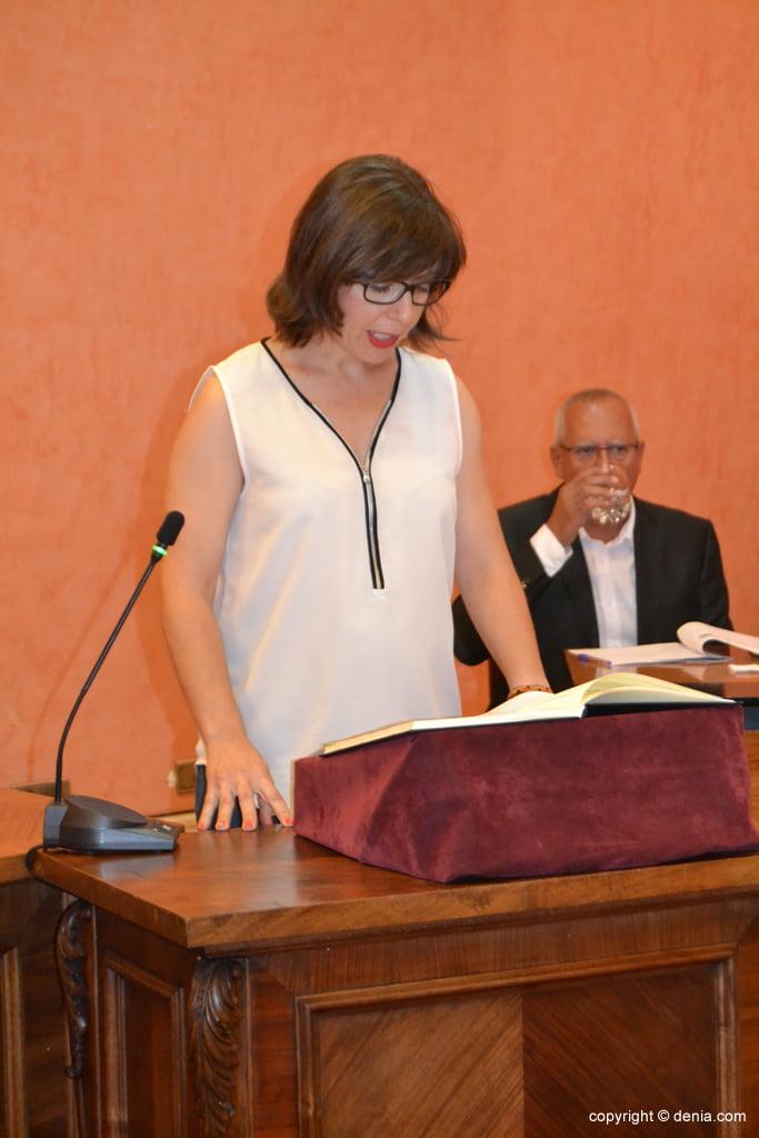 Juramento de los nuevos concejales de Dénia – Mª Josep Ripoll