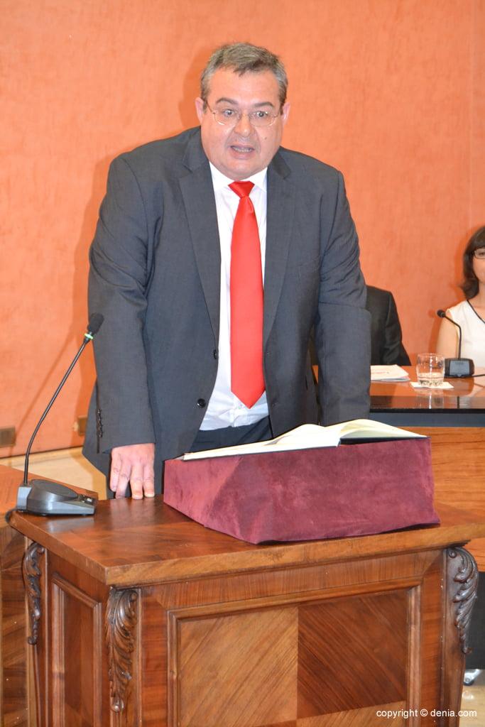 Juramento de los nuevos concejales de Dénia – Paco Roselló