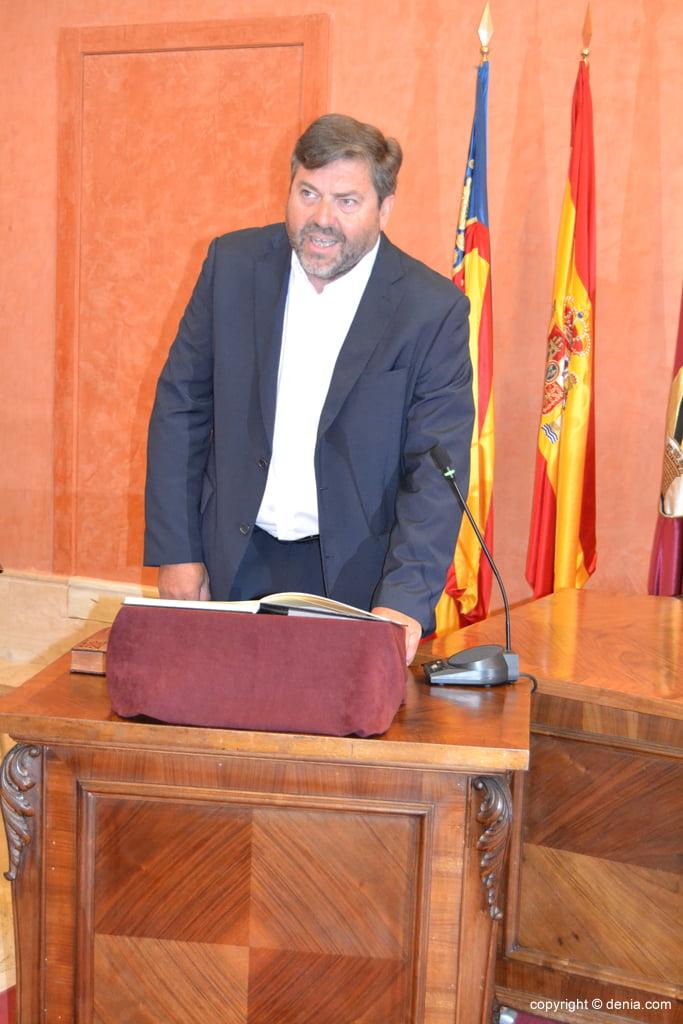 Juramento de los nuevos concejales de Dénia - Rafa Carrió