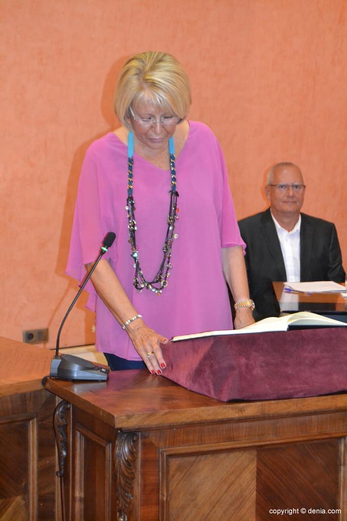 Juramento de los nuevos concejales de Dénia – Mari Martínez