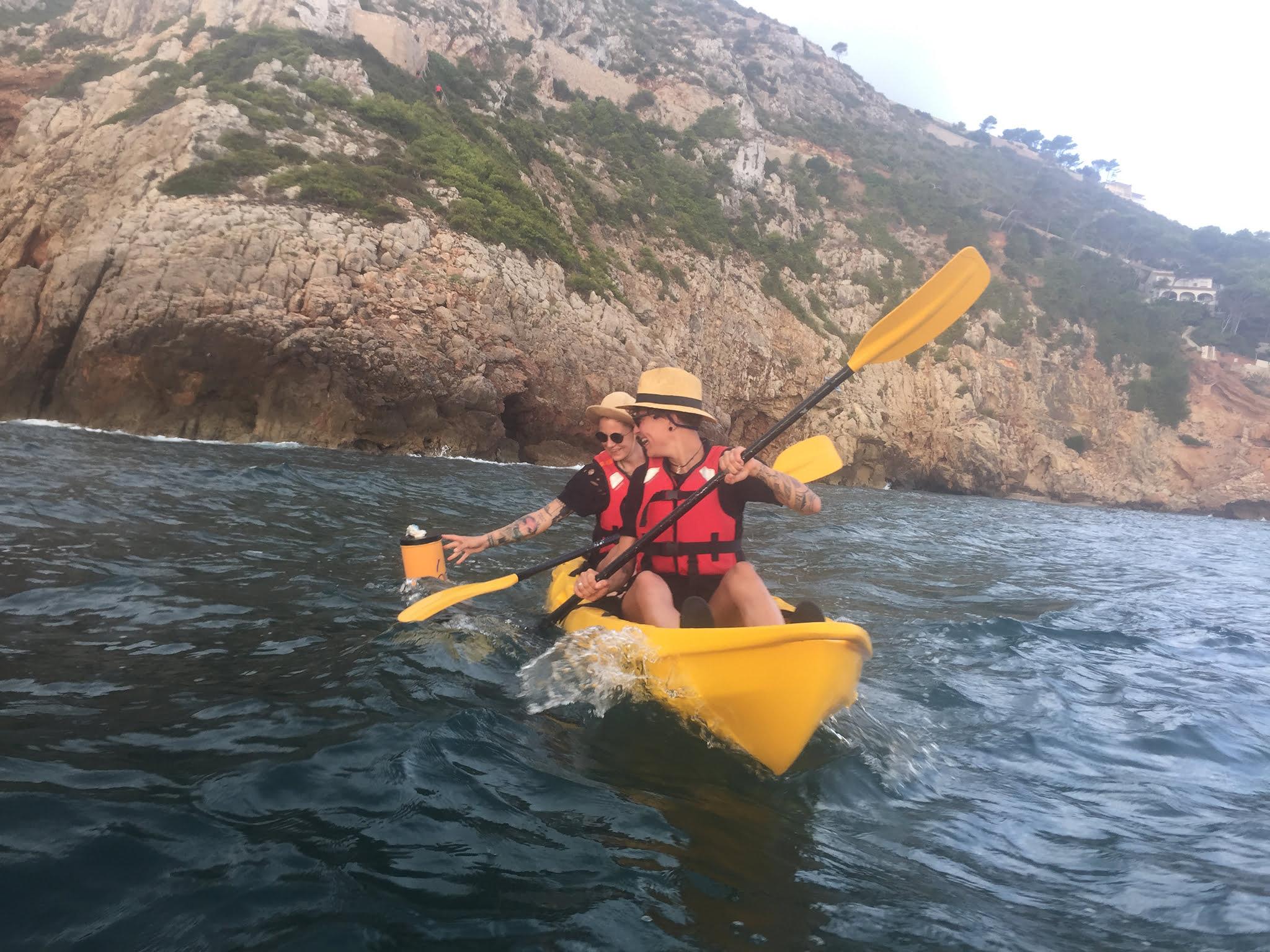Excursiones kayak de mar Dénia – Aventura Pata Negra