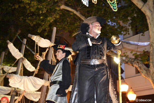 Image: Gala parade - Captaincy Cristiana Marins Corsaris