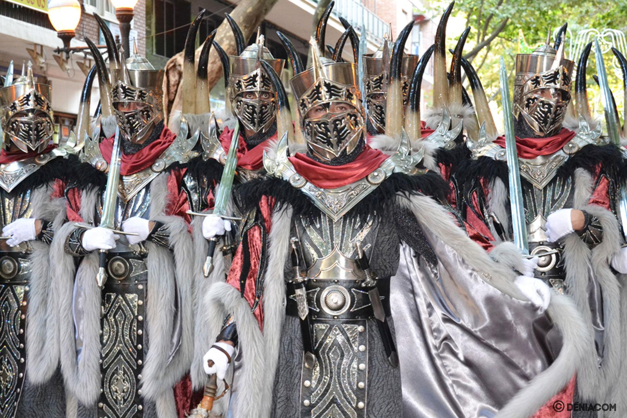 Desfile de gala Dénia 2014 – Filà Hospitalaris