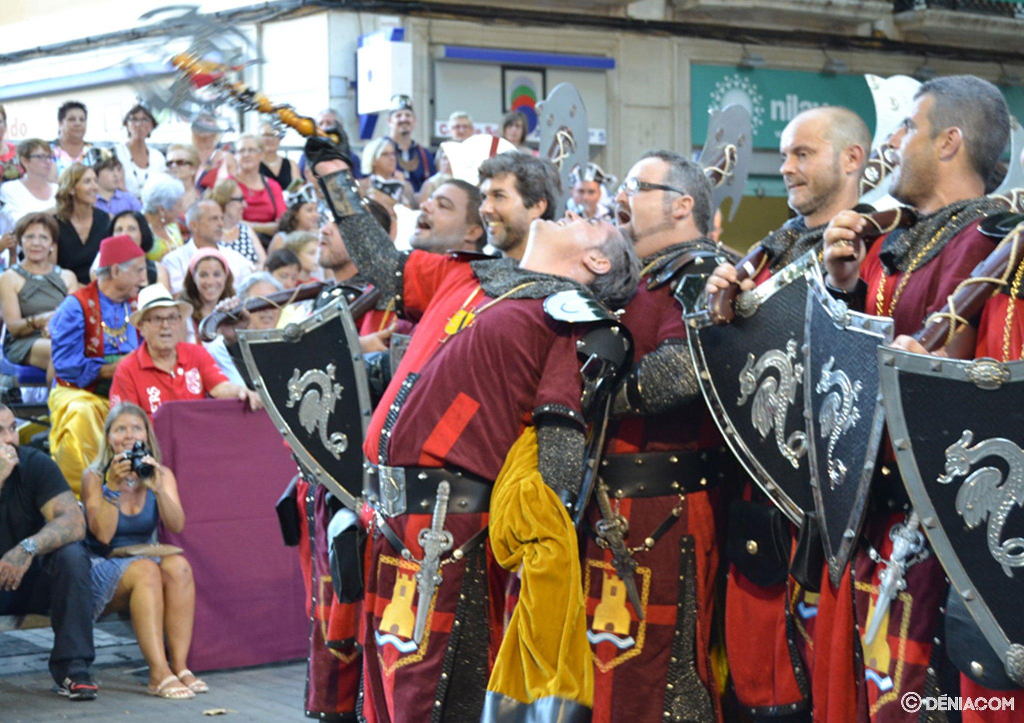 Desfile de gala Dénia 2014 – Filà Deniers