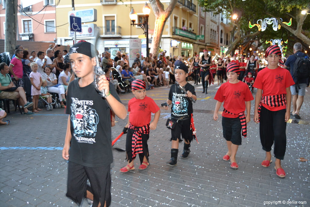 Défilé des enfants - Pirates berbères