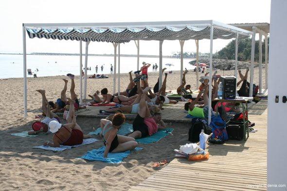 Las playas de d nia se vuelven gimnasios d for Gimnasio denia