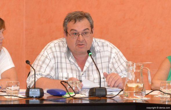 Paco Roselló desgrana el presupuesto de 2015