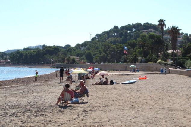 Imagen: Bañistas disfrutando de la Marineta