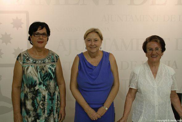 De iquierda a derecha, Carmen Membrilla, Elisabet Cardona y Carmen Bazán