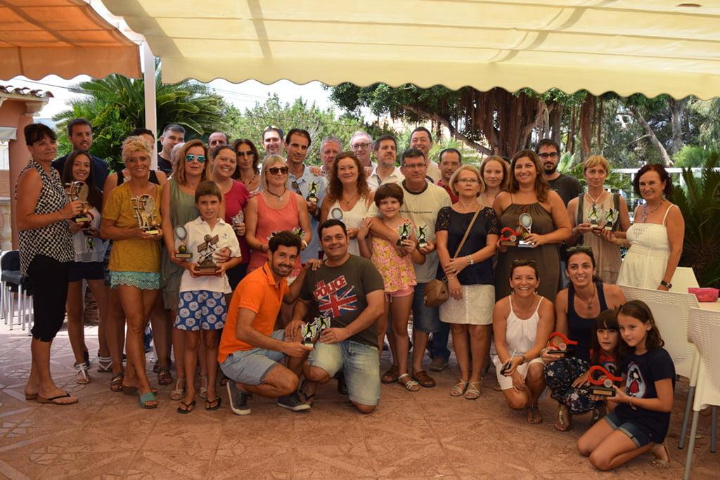 Participantes en la entrega de trofeos del IV Memorial Juan Periañez del C.T. Dénia