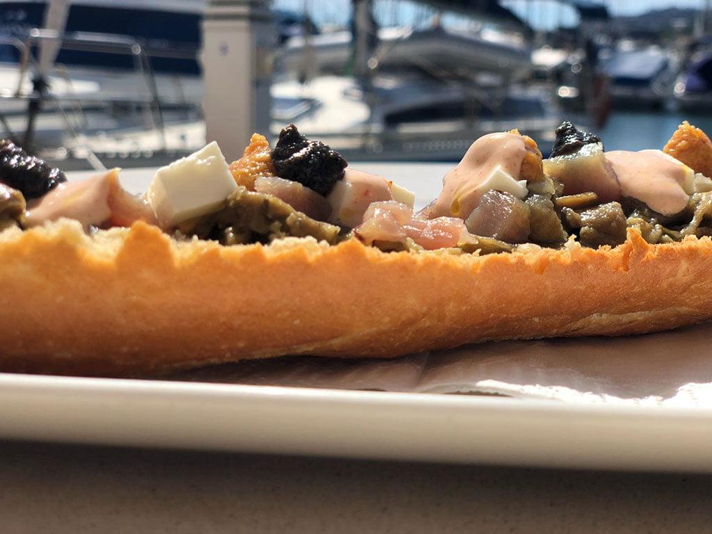 Restaurante Balandros Tosta de berenjena