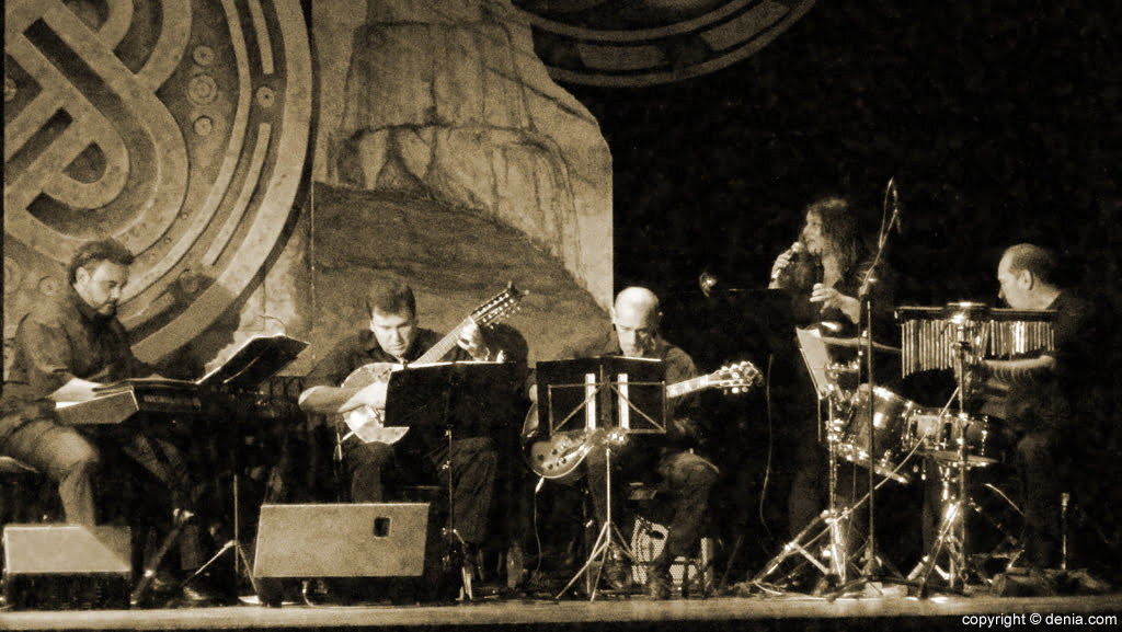 09 2016 Pedrera Paris Präsentation - Live-Musik