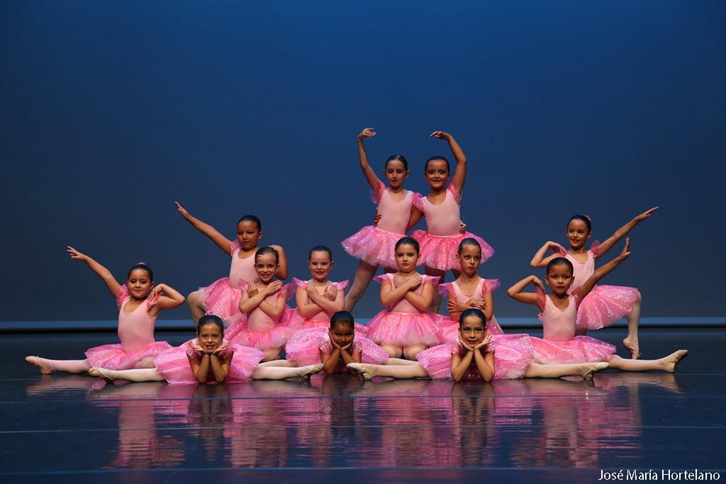 Curso Niñas Escola de Dansa Mª Ángeles Signes