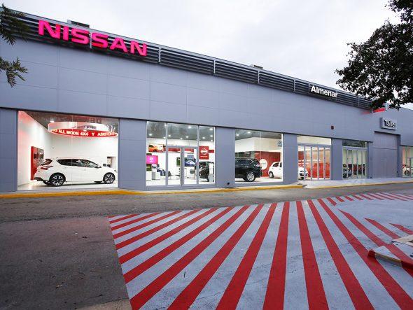 Fachada Nissan Almenar Dénia