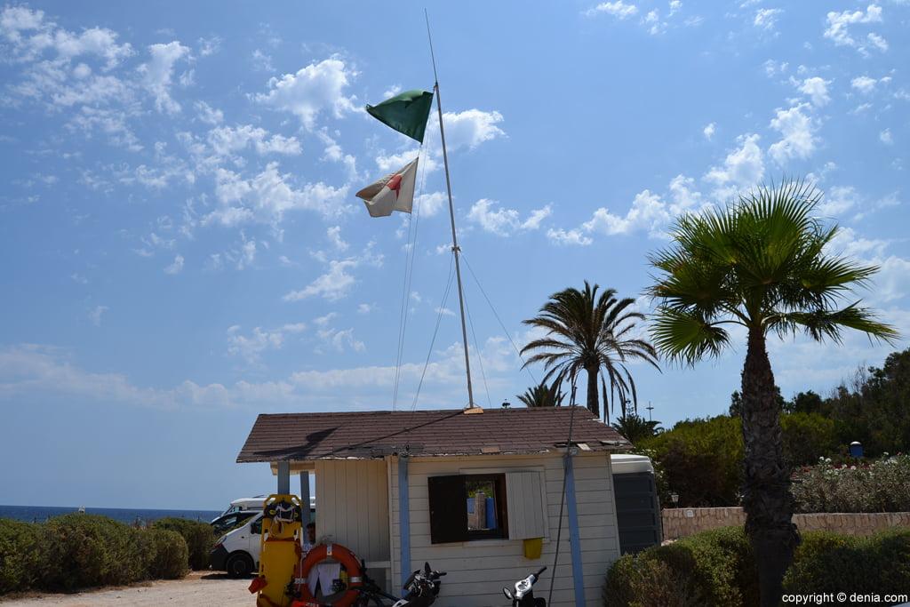 Puesto de socorro en la playa de El Trampolí