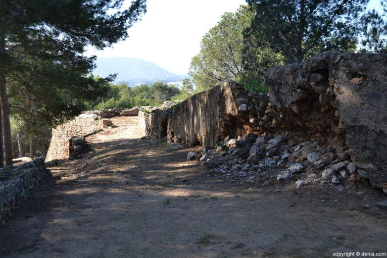 Castell de Dénia - restes