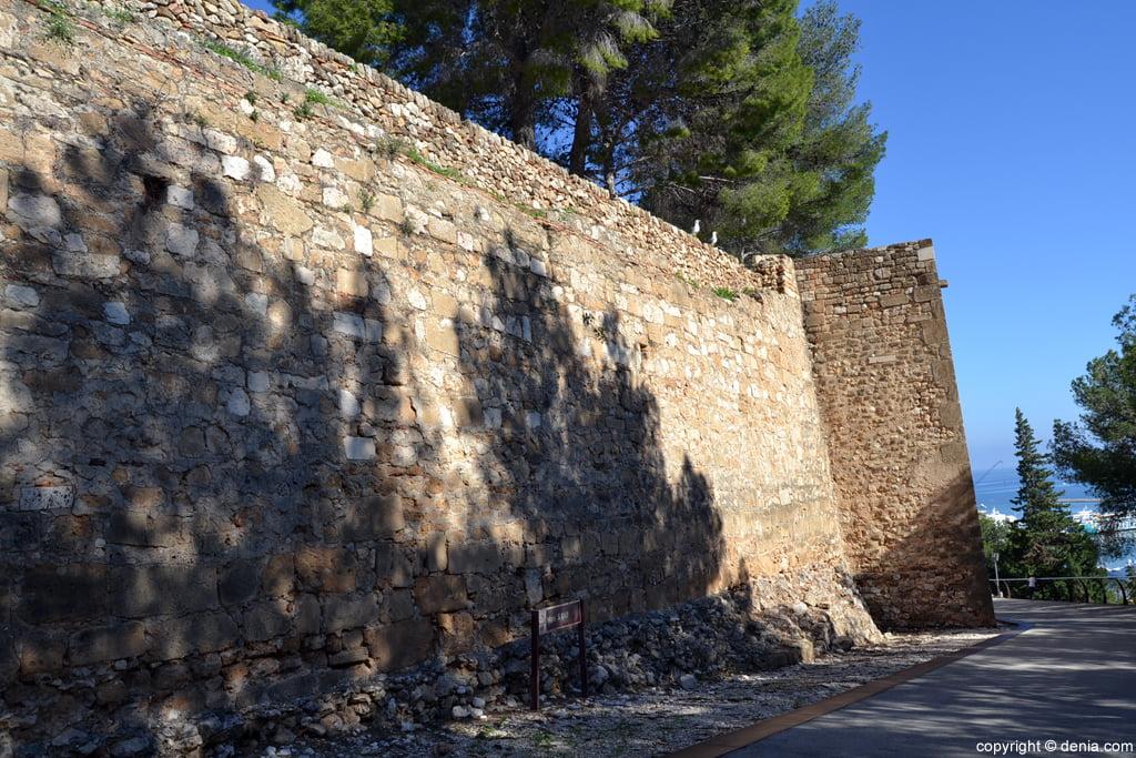 Castell de Dénia - Murs del S XVIII
