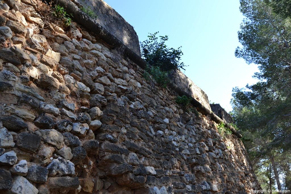 Castell de Dénia - muralla