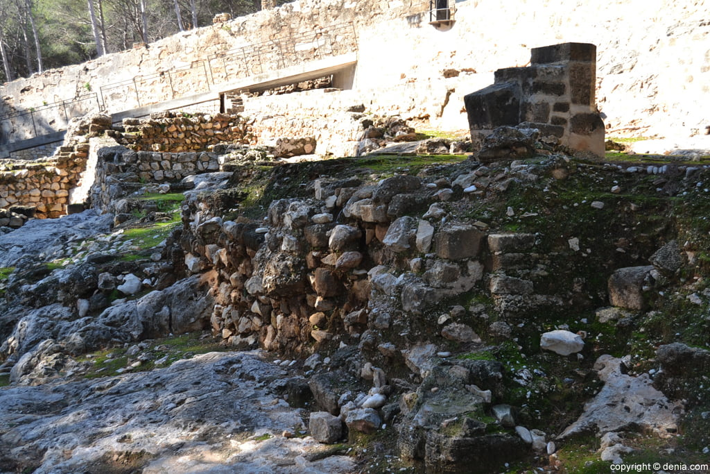 Castell de Dénia - restes de la Vila